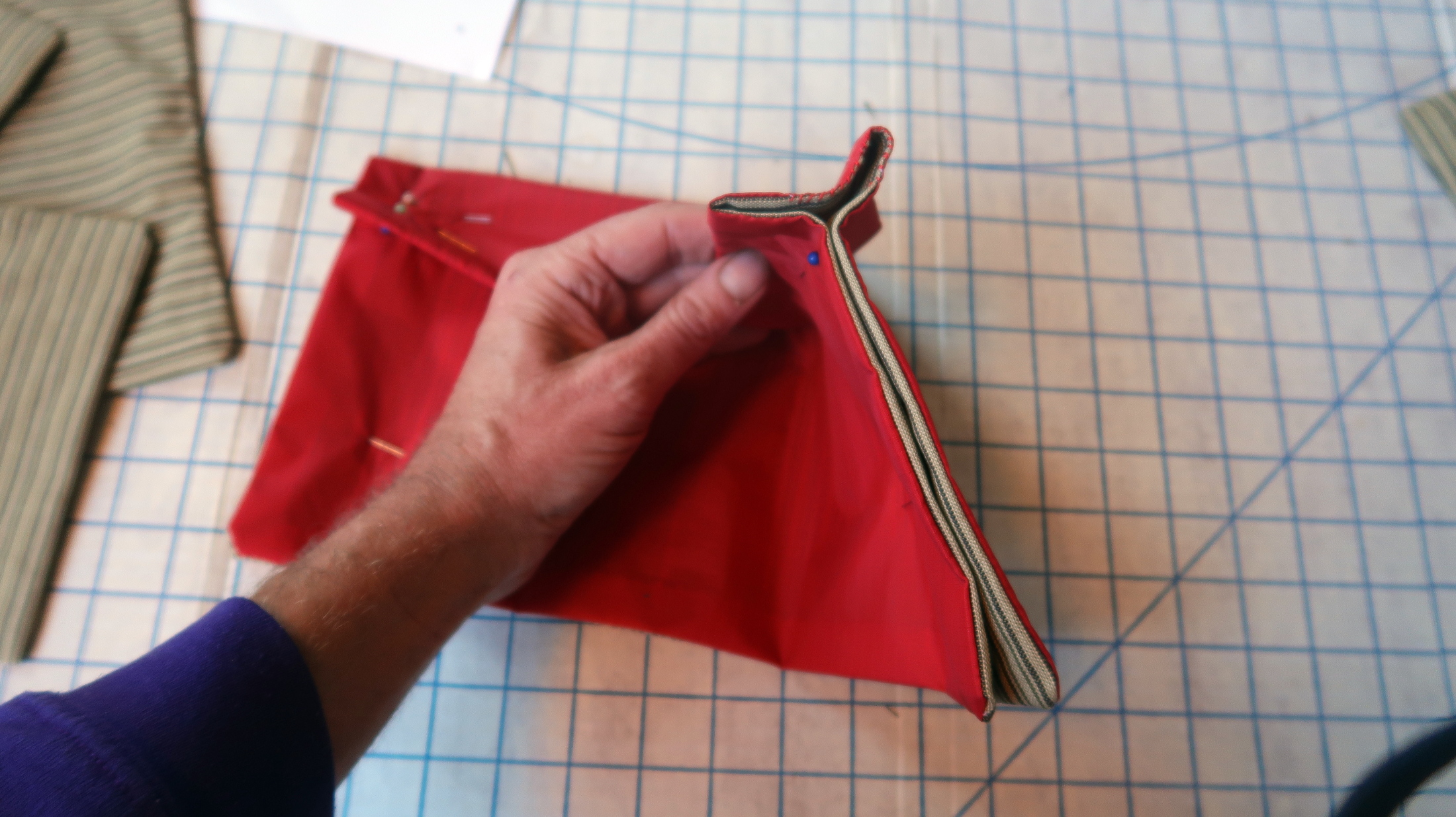 Making the pouch