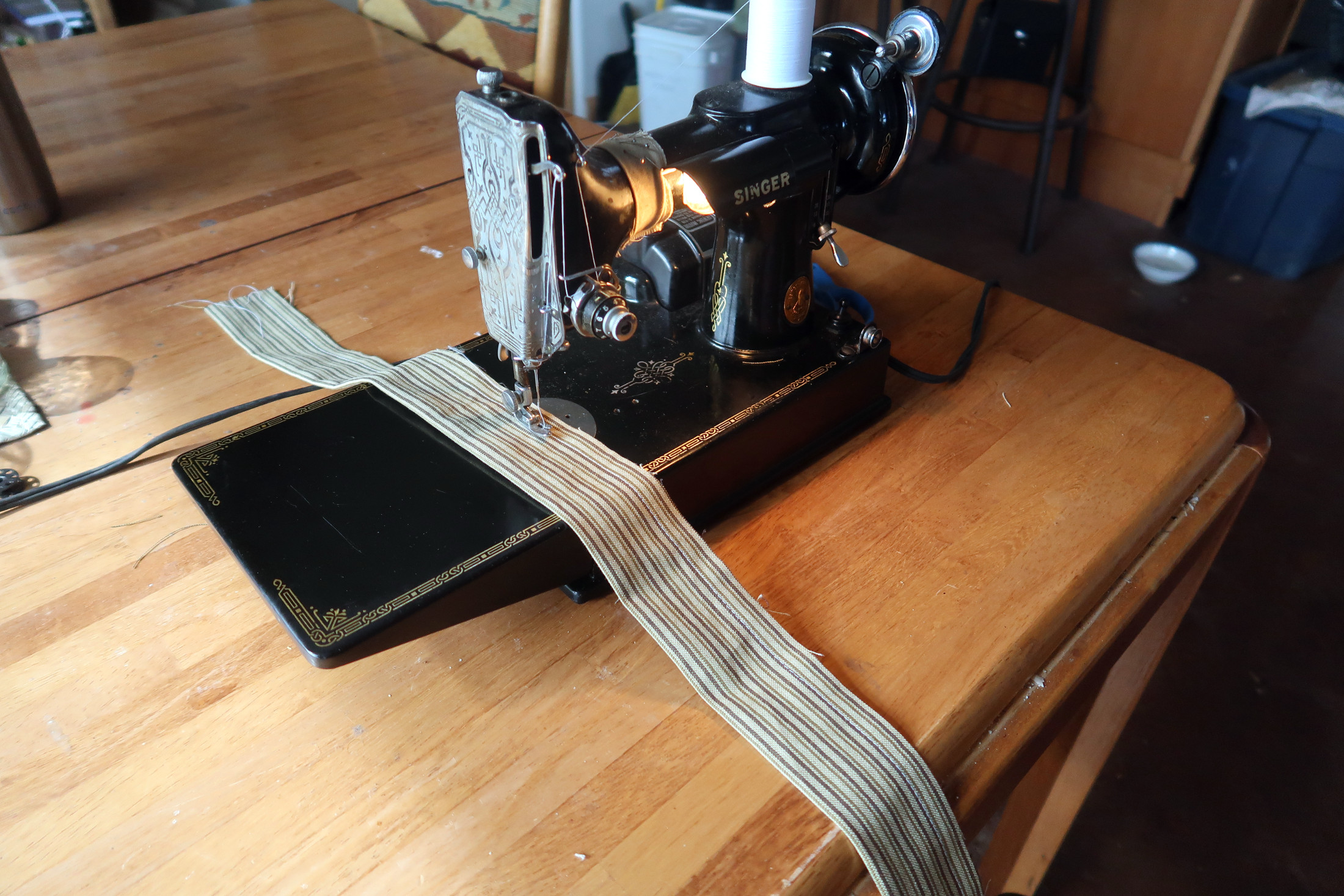 Straps: sewing