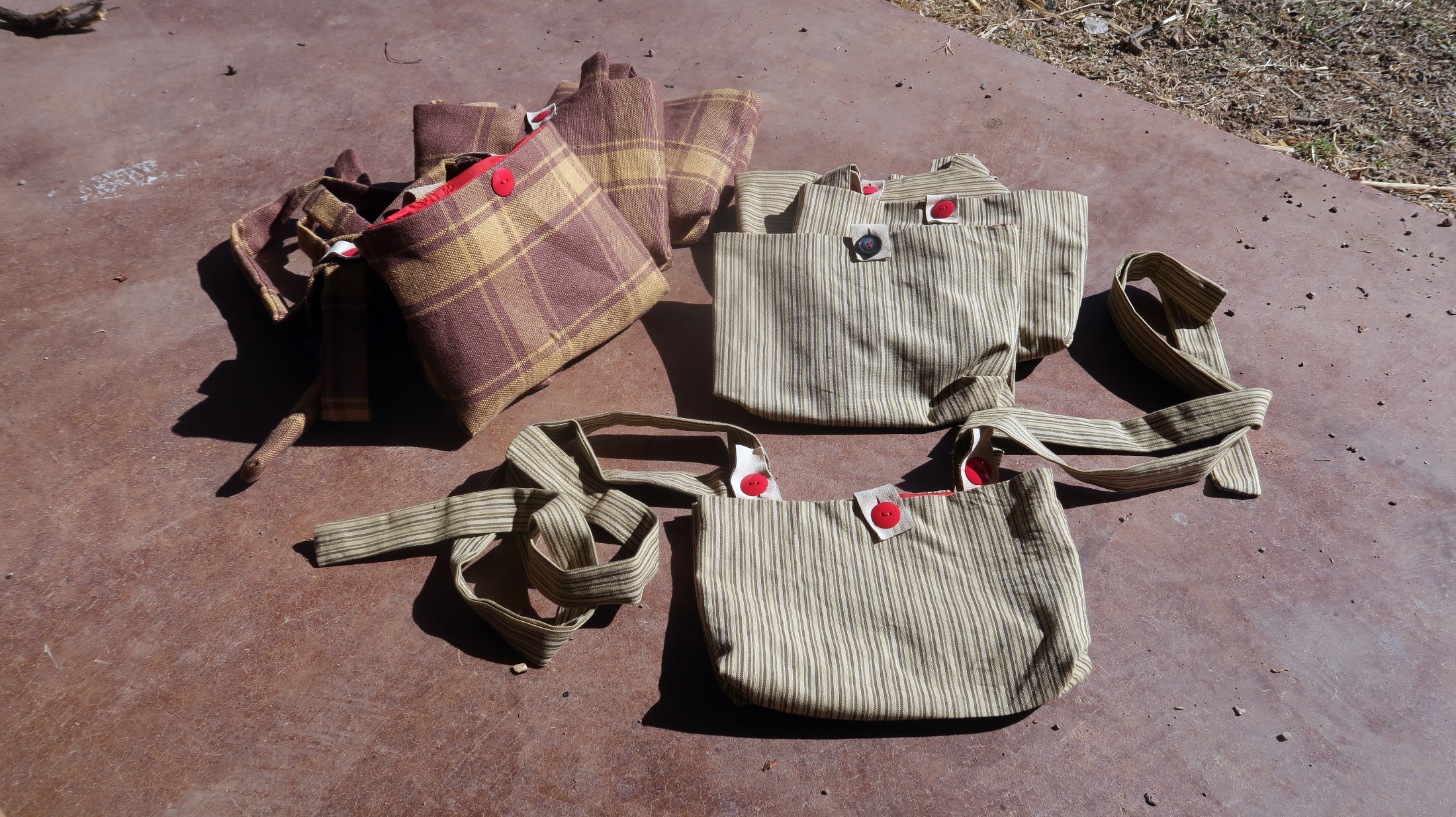 Berry-picking bags